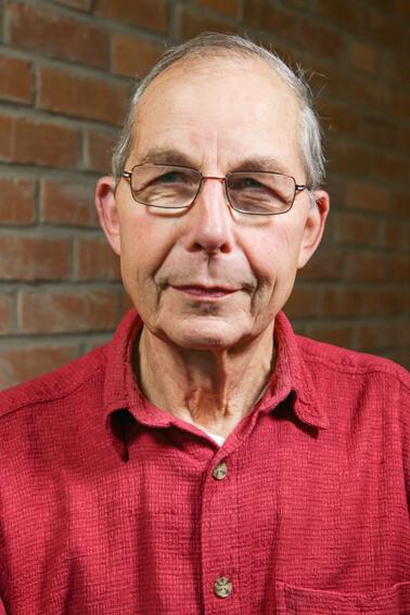 Dr. Peter Fichtner